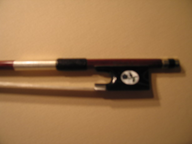 Fine Bull Horn Flower inlay Frog Violin Bow 4/4